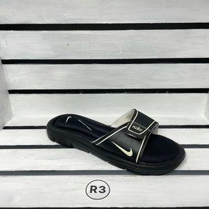 Nike Comfort Outdoor Slide Sandals